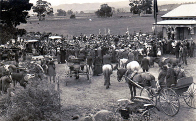 An image of the Opening of the Avenue